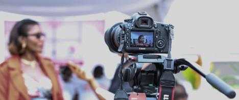 Como fazer entrevistas: webinário gratuito do Poynter dá dicas para jornalistas