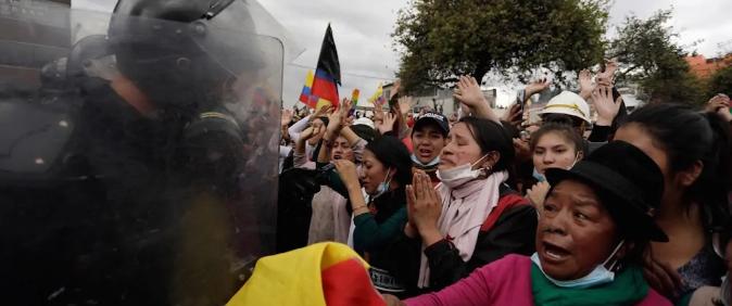 IFEX-ALC condena repressão e agressões a jornalistas no Equador