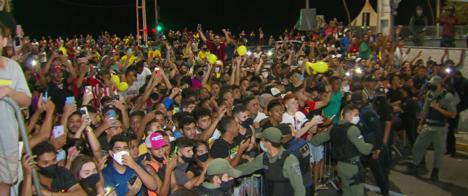 Jornalistas são apedrejados em cobertura da seleção no Recife
