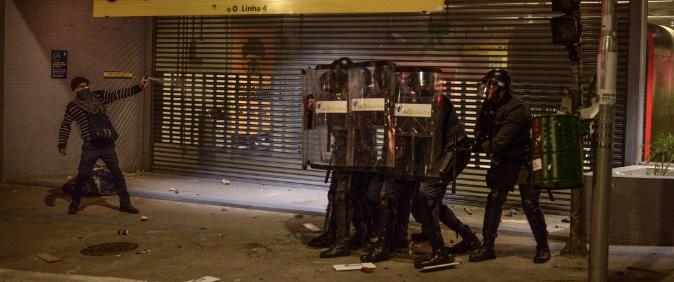 Fotojornalistas denunciam agressões ao cobrir atos contra Bolsonaro