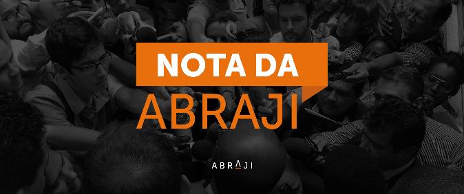 Repórter é alvo de ataques em redes sociais após realizar apurações envolvendo Eduardo Bolsonaro e sua esposa