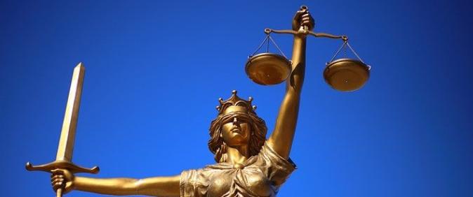 Entenda o que é assédio judicial
